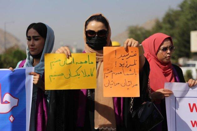 Сльозогінний газ і стрілянина. У Кабулі «Талібан» розігнав акцію протесту за права жінок