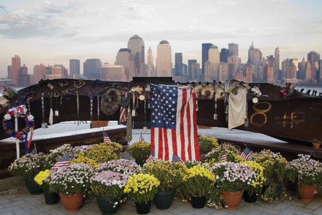 Річниця 9/11. Джо Байден вшанував пам'ять жертв терактів 11 вересня і закликав американців до єдності (фото)