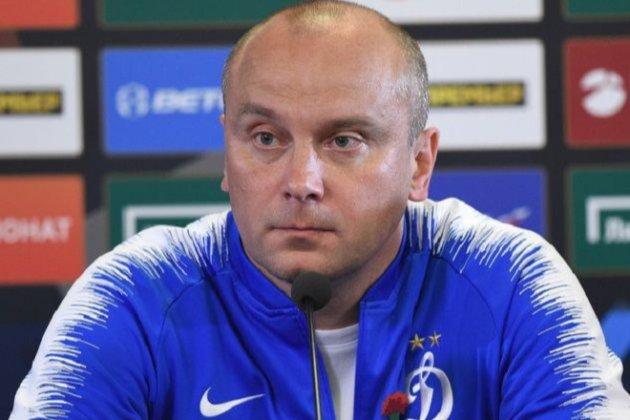 Блокують через прізвище. Російський тренер Дмитро Хохлов подав до суду на Facebook