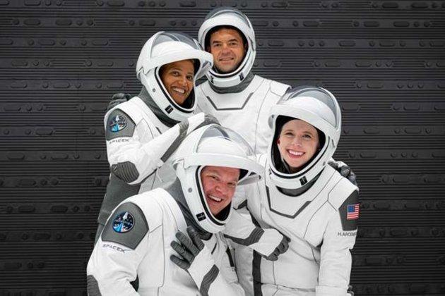 15 вересня SpaceX запустить на орбіту перший цивільний екіпаж (фото)
