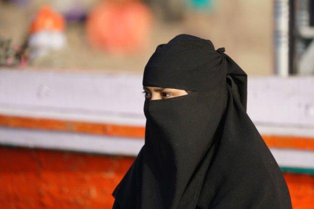 Таліби зобов'язали жінок носити нікаби під час відвідування університетів