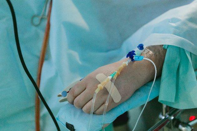 Почти все госпитализированные с коронавирусом украинцы не делали прививки — Кузин