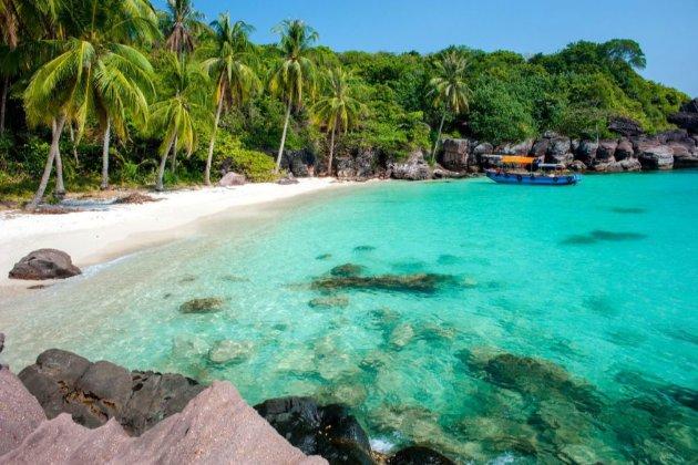 Вьетнам на полгода откроет курортный остров Фукуок для вакцинированных туристов