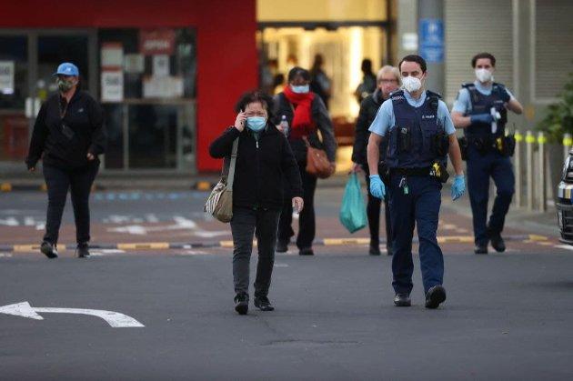 В супермаркеті Нової Зеландії чоловік ножем поранив шістьох людей. Влада заявила про теракт
