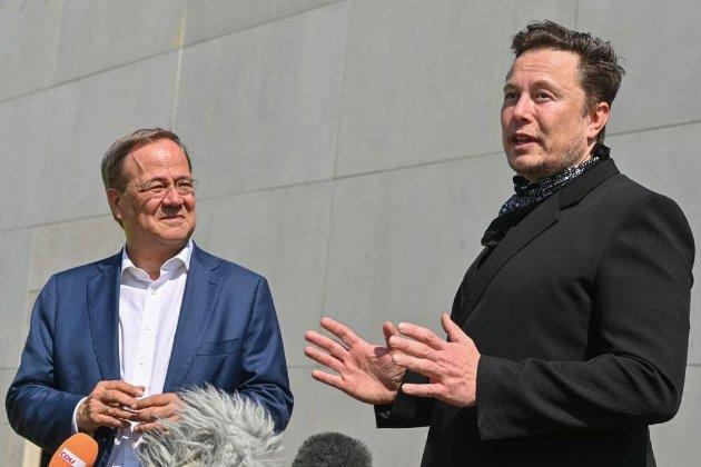 Илон Маск призвал сотрудников Tesla работать в режиме «супер-хардкор»