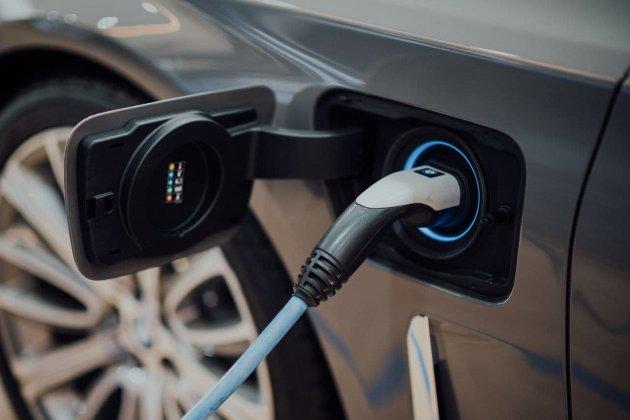 Занадто багато компаній. Китай хоче скоротити кількість виробників електромобілів у країні