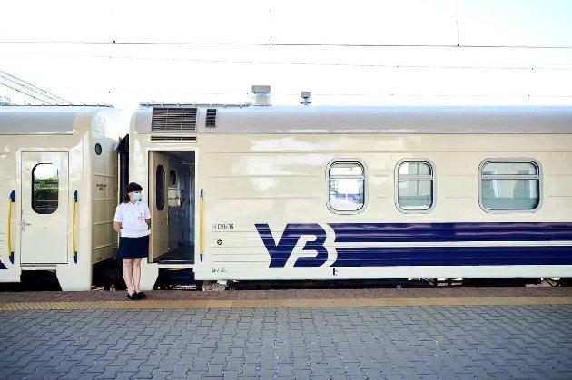 Неожиданная развязка. В «Укрзализныце» опровергли историю с оральным сексом в поезде Ужгород — Лисичанск