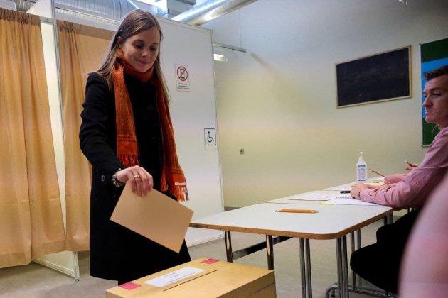 Ісландія стала першою країною Європи, де жінки отримали більшість у парламенті