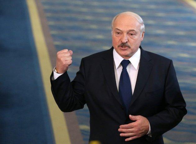 У Мінську пожалілися на «надзвичайно недружні жести з боку України»