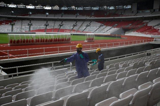 УЄФА дозволить матчі єврокубків та національних збірних із глядачами