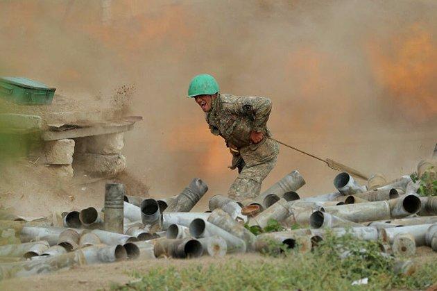 Наступ азербайджанської армії та знищення 230 вірменських танків. Нові подробиці щодо війни у Нагірному Карабасі