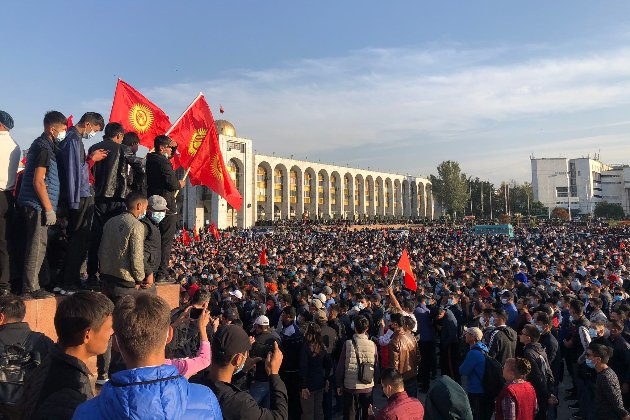 Під час протестів у Киргизстані постраждали більше тисячі людей