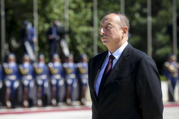 Алієв визнав, що турецькі винищувачі присутні в Азербайджані. Нібито не для участі у війні