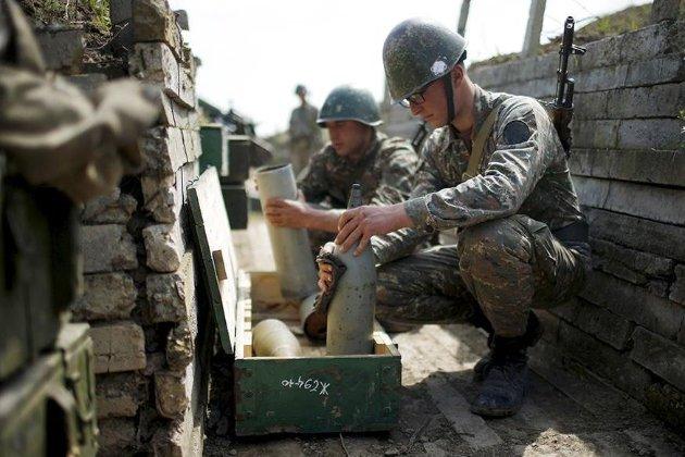 У Нагорному Карабасі припинення вогню перерване бойовими діями і взаємними звинуваченнями