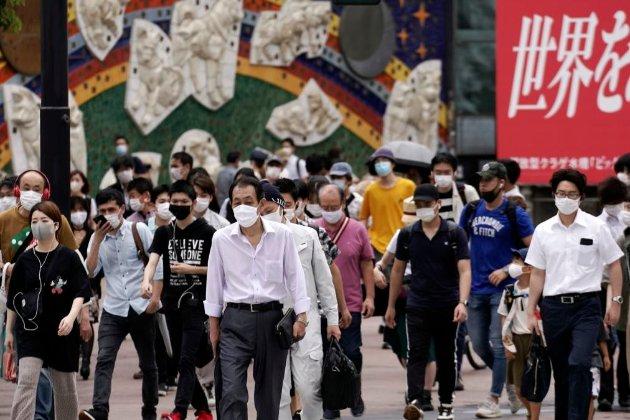 Країни азіатсько-тихоокеанського регіону пом'якшують заборони на подорожі, але залишають деякі обмеження