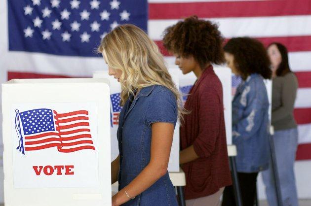 Більше 10 мільйонів дострокових голосів американці віддали на президентських виборах