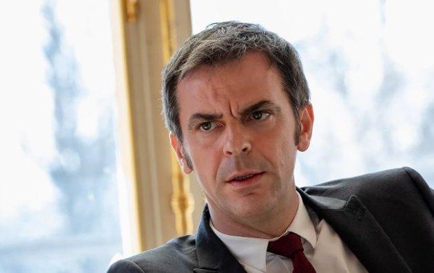 У Франції обшукали будинок очільника МОЗ через заходи боротьби з COVID-19