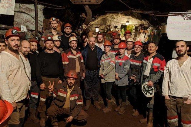 Шахтарі Криворізького залізорудного комбінату після 43 днів припинили страйк (фото)