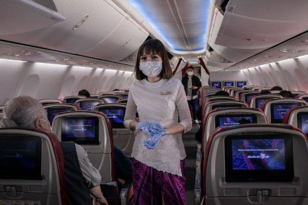 Коронавірус не поширюється через вентиляцію у літаках, дослідили в Міноборони США