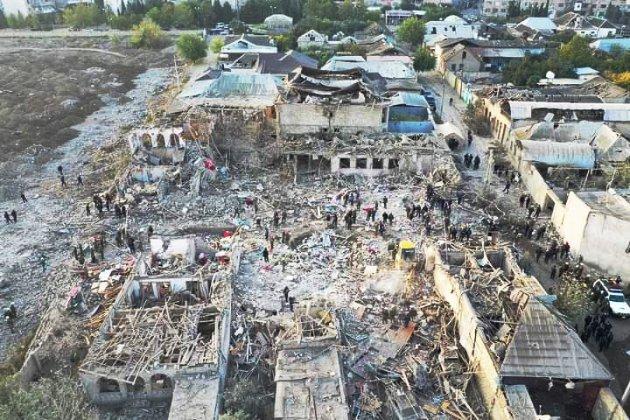 Азербайджан заявив про взяття нових міст у Карабасі, Вірменія – про тяжкі втрати армії