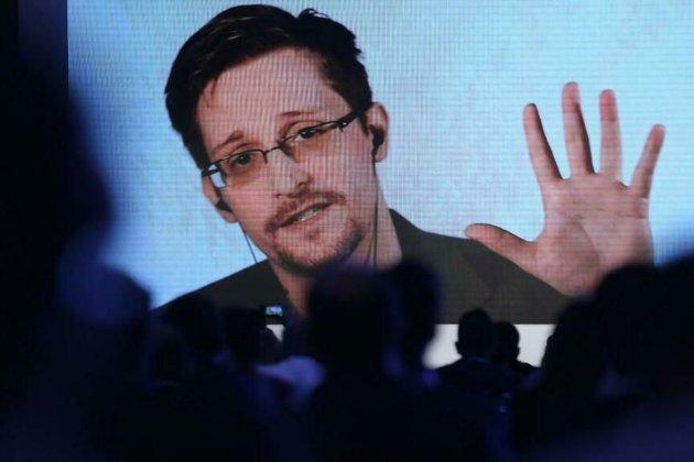 Едвард Сноуден отримав безстрокову посвідку на проживання в Росії