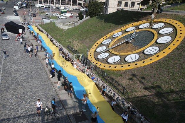 Слідкуємо за ЄС. У Мінекономіки розказали, чи відмовиться Україна від переведення стрілок