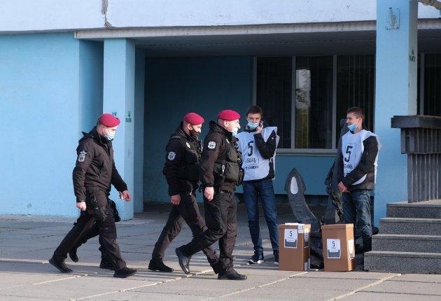 У Київській області викрили мережу підкупу виборців