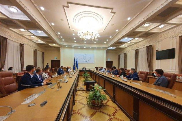 Кабмін передав Укравтодору на дороги 62 млн грн із програми МОЗ по онкозахворюваннях