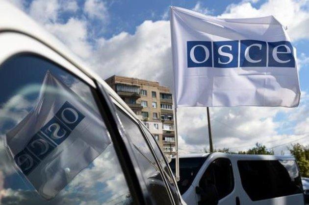 Заява ОБСЄ: вибори в Україні пройшли без порушень, але «опитування Зеленського» підіграло «слугам народу»