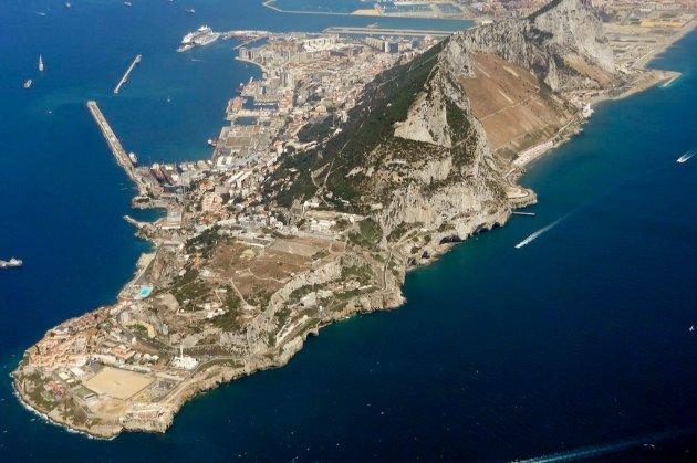 Іспанія стурбована, що не укладена угода про відкритий кордон з Гібралтаром