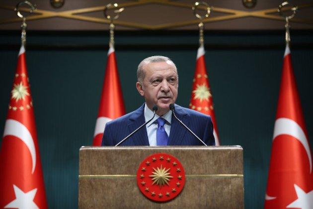 Через карикатуру на Ердогана Туреччина звинуватила Charlie Hebdo в «культурному расизмі та ненависті»