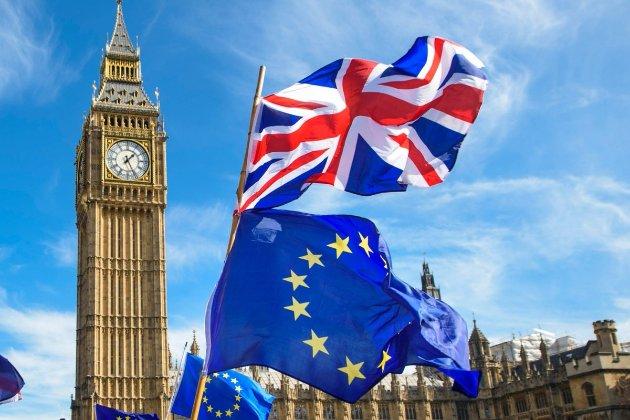 Великобританія критикує торгову політику США та ЄС
