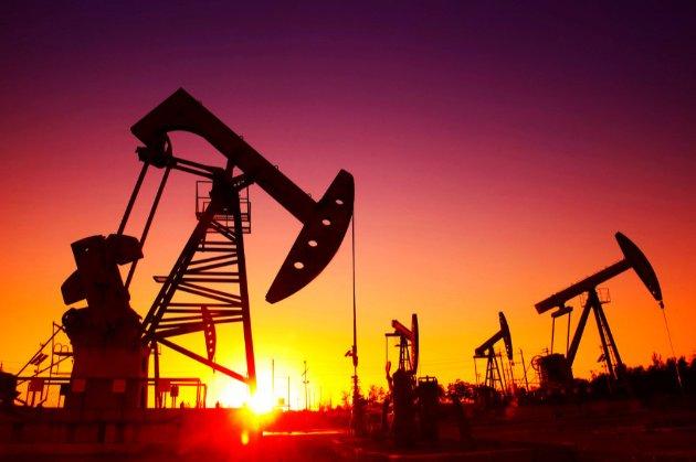 Ціни на нафту обвалилися на 5% через пандемію COVID-19