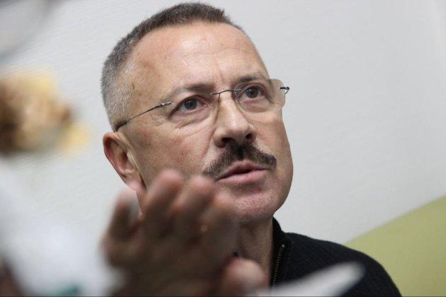 Чому суддя Головатий голосував проти скандального рішення КСУ (документ)