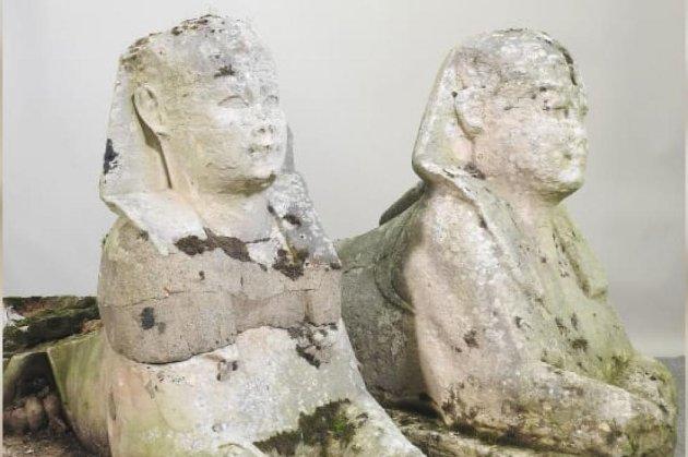 Британська сім'я перед переїздом вирішила продати садові статуї. А вони виявилися артефактами з Давнього Єгипту