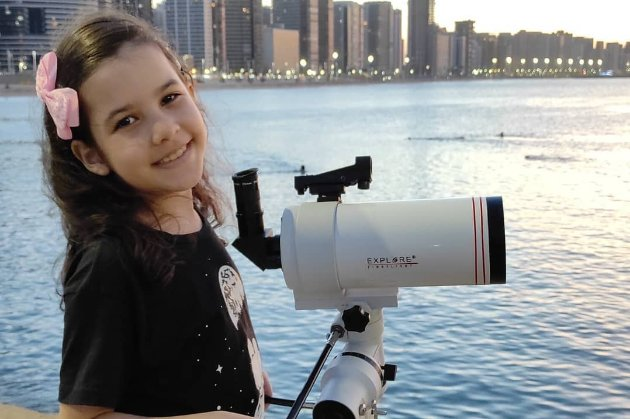 Восьмирічна дівчинка з Бразилії може стати наймолодшим астрономом у світі