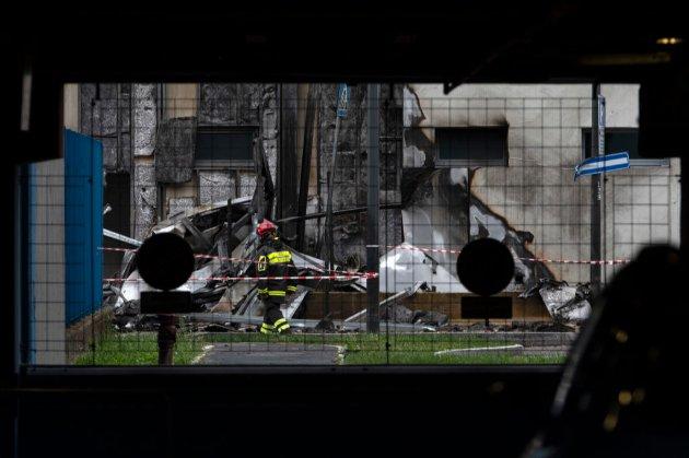 Приватний літак розбився на околиці Мілана: восьмеро загиблих, серед них — мільярдер з Румунії