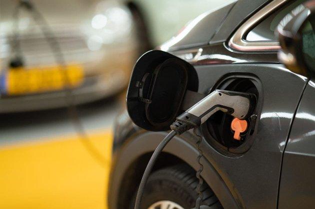 Майже 80% проданих у Норвегії минулого місяця автомобілів є електричними