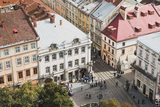 Львів наближається до «червоної» зони карантину, будуть жорсткі обмеження — Садовий