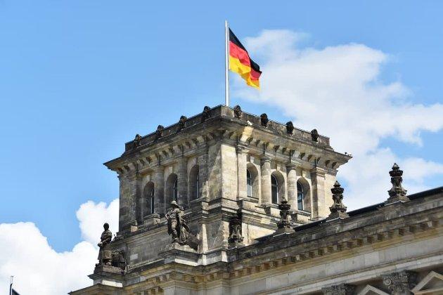 Германия ужесточает правила въезда для невакцинированных украинцев с 10 октября
