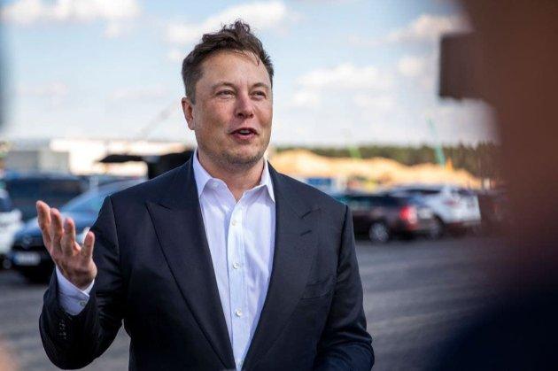 «Вечірка до пізньої ночі». Ілон Маск організовує фестиваль на заводі Tesla під Берліном