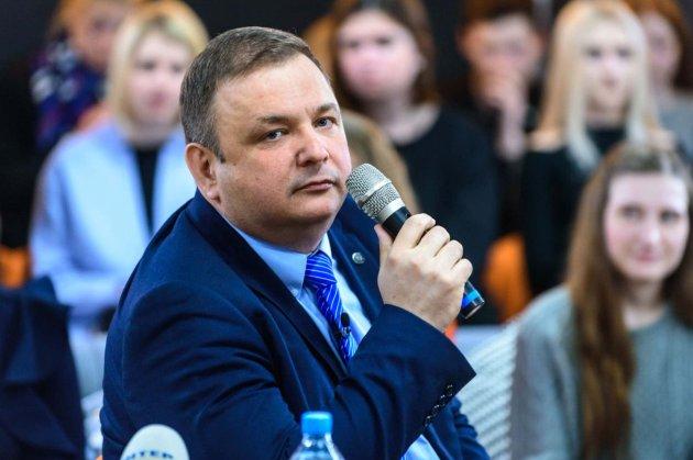 Колишній голова КСУ: «Умова нормального функціонування суду — моє повернення»