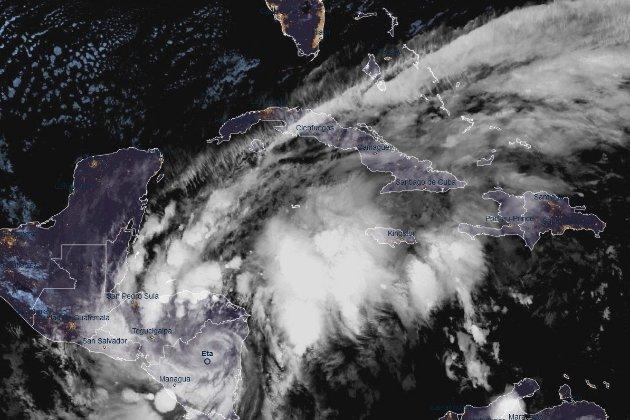 Ураган «Ета» охопив Центральну Америку, загинуло троє людей