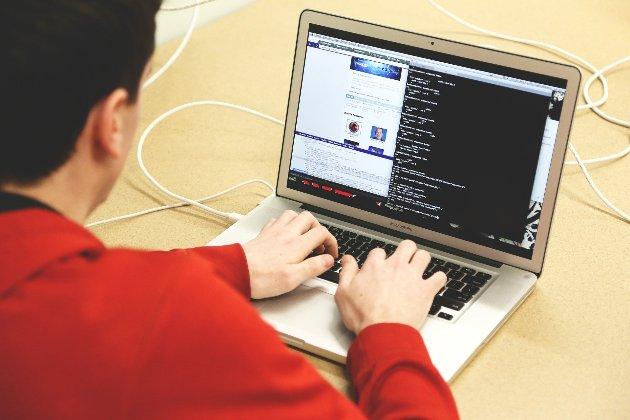 СБУ впіймала хакерів, які крали та продавали відповіді на екзаменаційні питання