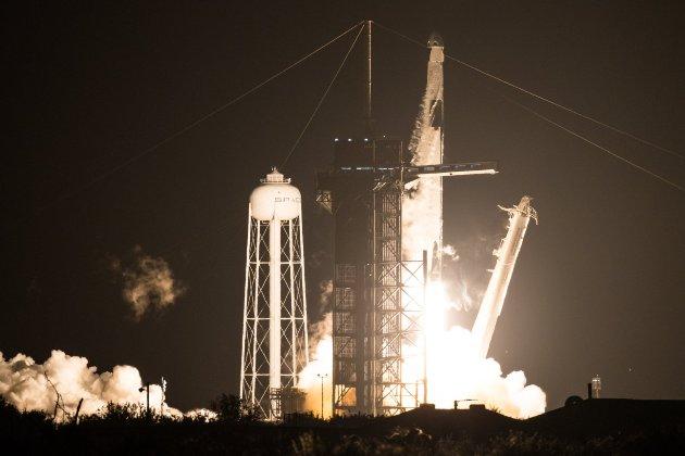 До МКС стартував космічний корабель SpaceX Crew Dragon