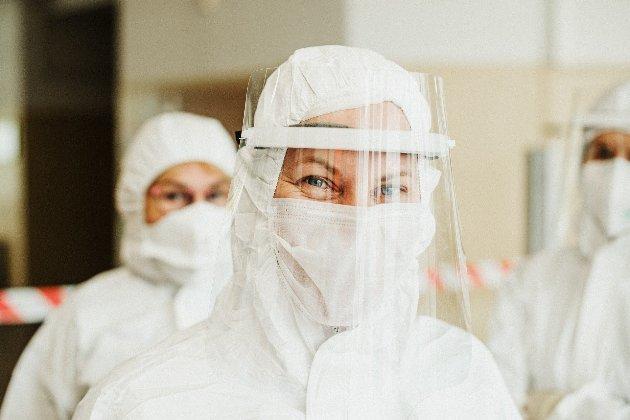 20% українців вакцинують від коронавірусу безкоштовно — головний санлікар України