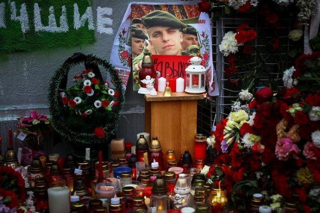 У Білорусі завели справу на лікаря і журналіста, які розповіли про смерть протестувальника