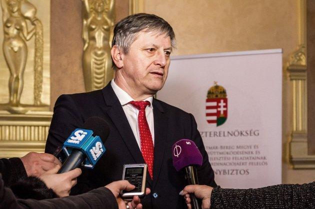 В Україну не пустили уповноваженого угорського міністра, відповідального за Закарпаття