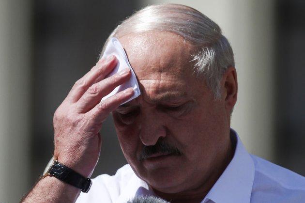 Лукашенко наголосив, що Білорусь хоче неконфліктно та ефективно співпрацювати з іншими країнами