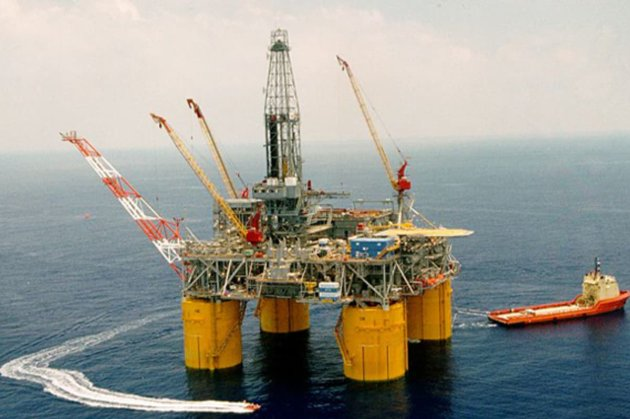 Нафта досягає найвищої ціни з березня на тлі випробувань вакцин і «перехідного періоду» Байдена